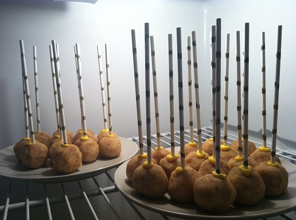 cake pops in refrigerator