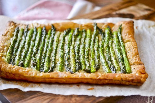 ASPARAGUS AND GRUYERE TART by Full Fork Ahead