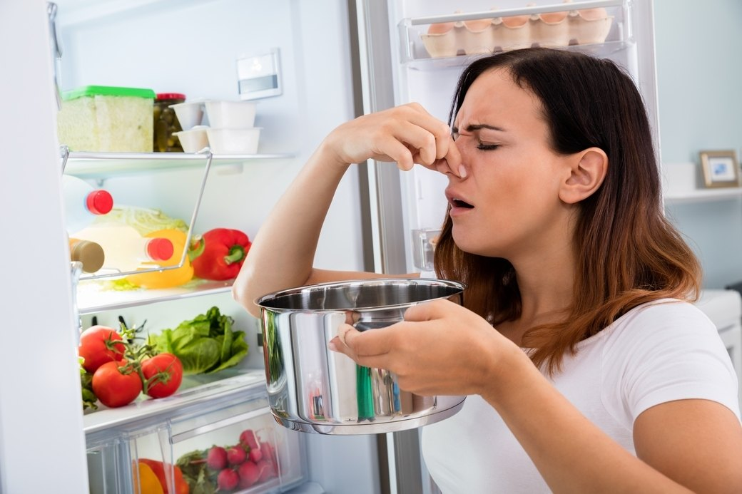 Smelly Food in The Fridge